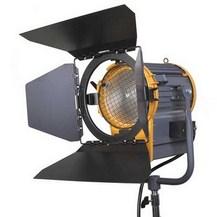 Студийный галогенный осветитель GreenBean Fresnel 2000 Вт с линзой Френеля